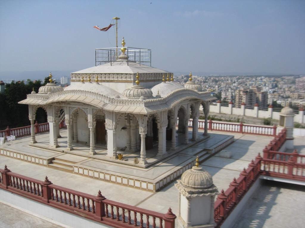 Katraj Jain temple